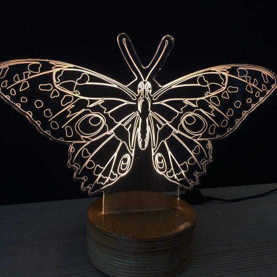kelebek önden